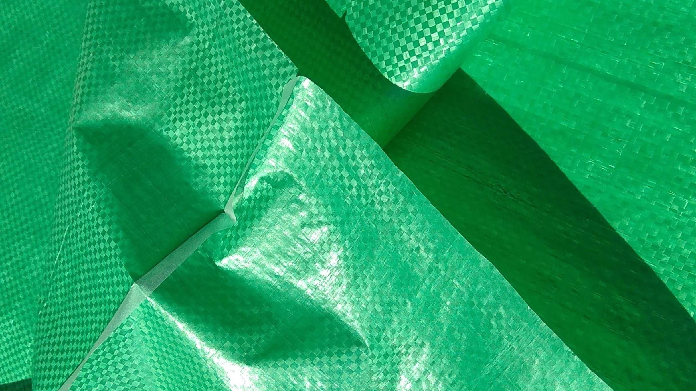 Мешки полипропиленовые 80 * 120 см, ламинированные. зеленые/красные/белые, большие на 70 кг.  вес  130 гр